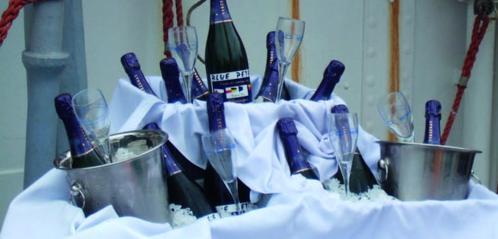 Blue peter champagne